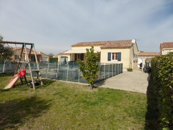 Vente Villa T5 Cheval Blanc en excellent état avec jardin, piscine et vue Luberon