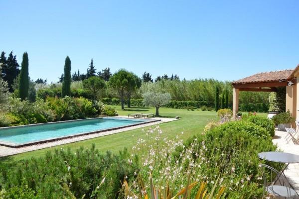 Villa Cavaillon Dans un environnement privilégié avec vue panoramique sur le Luberon