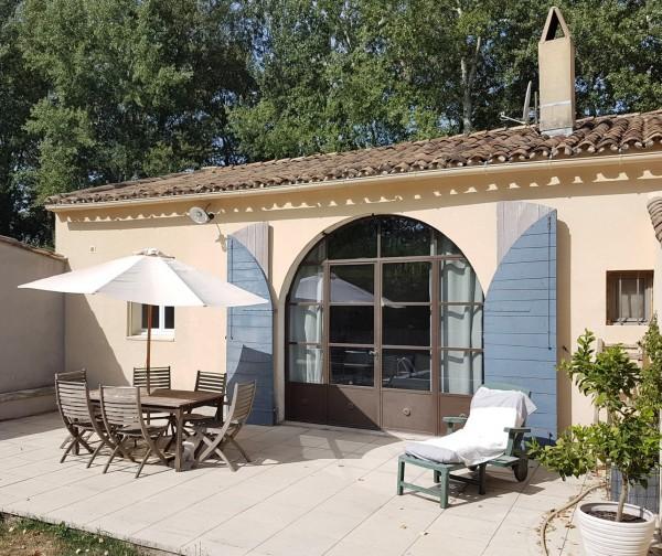 Acheter une maison secondaire luberon maison et villa vendre vers robion - Hangar transforme en loft ...
