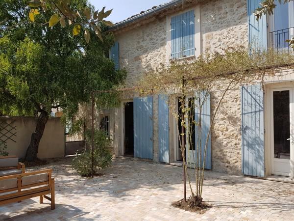 Maison  Cavaillon En pierre avec jardin et 3 chambres