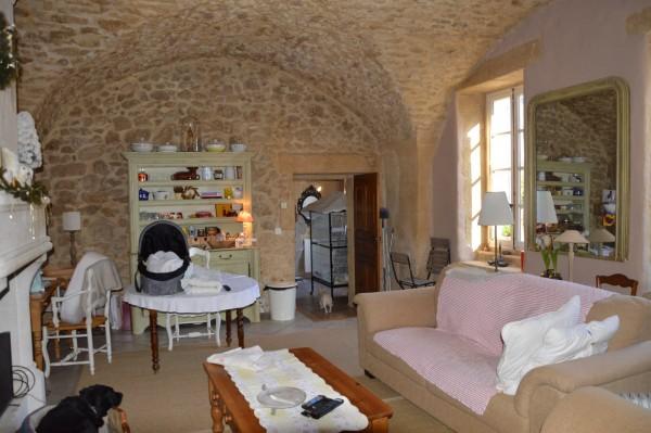 Vente Maison  T3 Cheval Blanc En viager libre, Partie de monastère rénovée avec charme