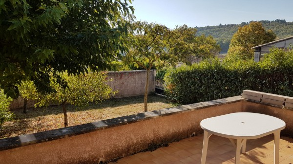 Maison Saint Pantaleon 4 pièces au calme avec jardin