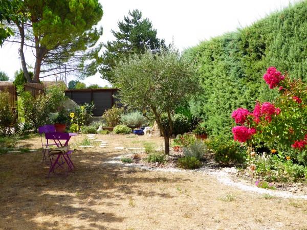 Vente Maison  T4 Robion de 100m2 avec jardin, garage et piscine