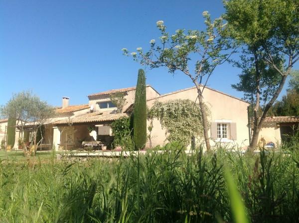 A vendre maison en campagne avec terrain et piscine