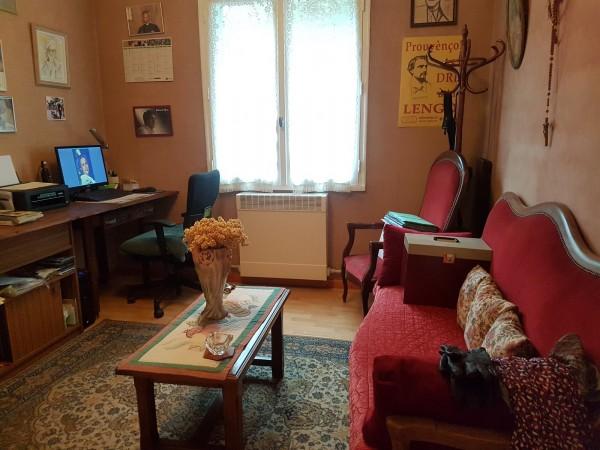 A vendre a Cavaillon appartement en bon état