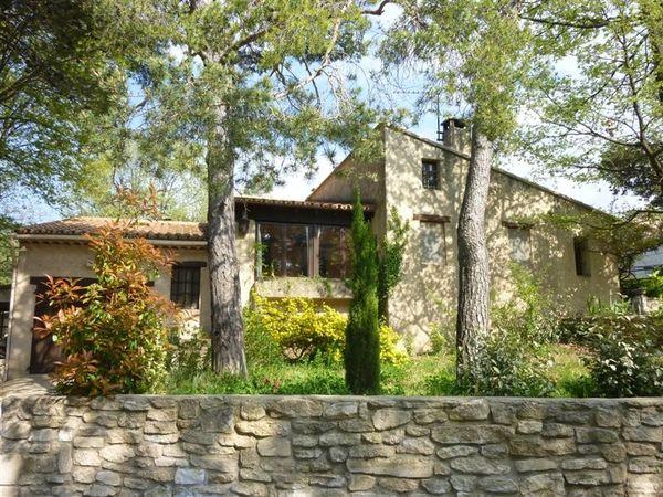 Villa d 39 architecte vendre vaucluse maison et villa for Constructeur maison individuelle vaucluse