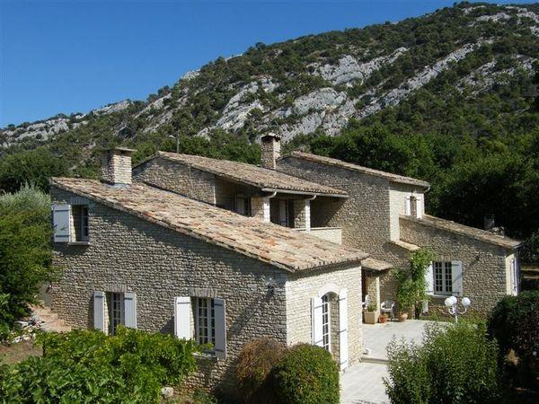 Acheter un mas authentique provence alpes cote d 39 azur paca for Acheter maison provence