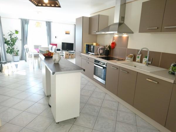 Achat villa avec cuisine récente Vaucluse 84