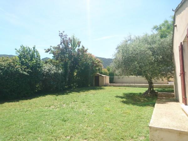 Vente Villa T4 MAUBEC Jardin avec piscine face au Luberon et proche commerces