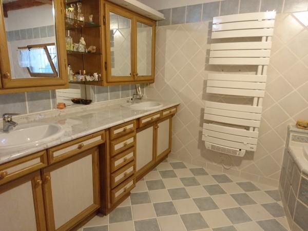 Maison avec du charme et du cachet en vente Maubec Luberon