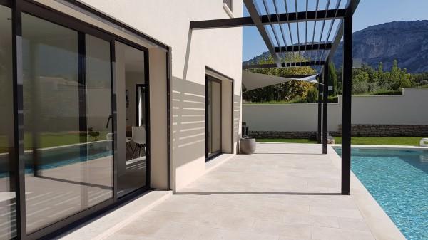 Vente Maison  Taillades Contemporaine avec jardin et piscine