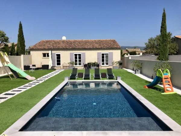 Maison moderne à vendre à Cabrières d'Avignon